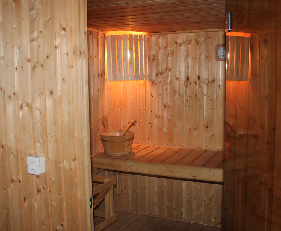 sauna with dors opened